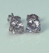 Diamond stud earrings 14ktw  1.28cttw F  SI3
