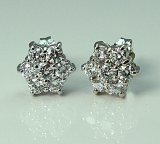 Diamond cluster earrings 14ktw 0.65cttw FG VS