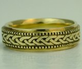 Celtic wedding band 6.5mm 18kt