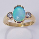 Opal diamond ring 18kt yellow gold  1.41cttw G SI1