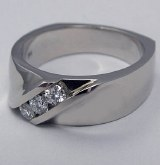Diamond Ring .32cttw 3ea 18ktw