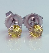 Yellow Diamond Stud Earrings 0.66cttw VS2