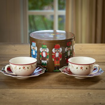 Holiday Tea Cup Set