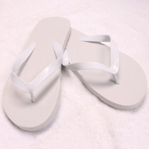 BC Flip Flop White Medium
