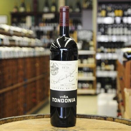 2004 R. Lopez Heredia Vina Tondonia, DOC Rioja, Rioja Alta, Haro, Spain.  1.5L