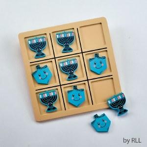 Chanukah Theme Wooden Tic Tac Toe Game