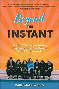 Beyond the Instant [Hardcover]