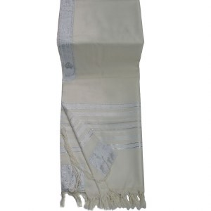 """Savion Tallis Wool Size 60 White and Silver Stripes 55"""" x 75"""""""