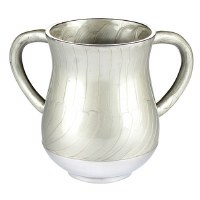 Aluminum Washing Cup Elegant Design Light Silver Color