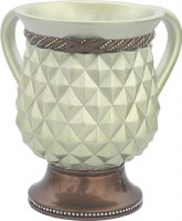 Wash Cup Polyresin Quilt White and Gold