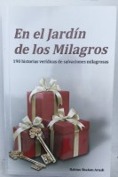 En el Jardin de los Milagros - The Garden of Miracles Spanish [Paperback]