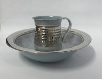 Washing Cup Stainless Steel Hammered Design on Light Grey Elegant Pattern with Matching Basin