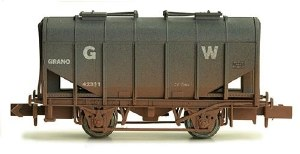 Dapol N 2F-036-026 Bulk Grain Hopper GWR 42303 Weathered