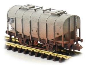 Dapol N 2F-036-044 Bulk Grain Hopper BR Grey B885330 Weathered