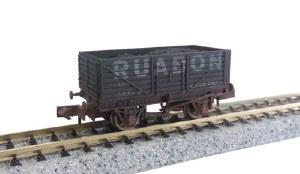 Dapol N 2F-071-033 7 Plank Wagon Ruabon 825 Weathered