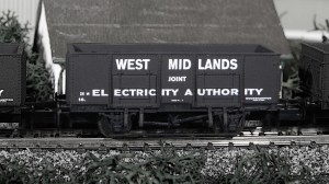 Dapol N 2F-038-007 West Midlands Electricity 20T Steel Mineral Wagon