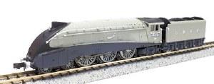 Dapol N 2S-008-011 A4 Valanced Silver Fox LNER Silver Grey