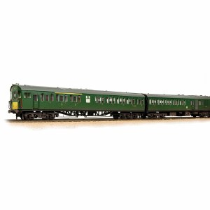 Bachmann OO 31-236A Class 205 DEMU 1121 BR (SR) Green (Small Yellow Panels) - Weathered