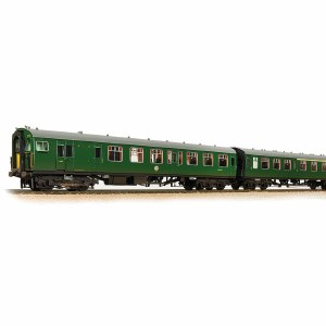 Bachmann OO 31-426C Class 411 4-CEP 4-Car EMU 7122 BR (SR) Green (Small Yellow Panels) - Weathered