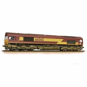 Bachmann OO 32-737 Class 66 66065 Ex-EWS (DBS Branding) - Weathered