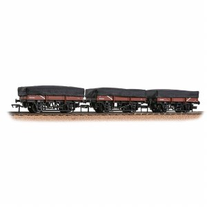 Bachmann OO 33-091 5 Plank China Clay 3-Wagon Pack BR Bauxite (Early) With Tarpaulin Covers