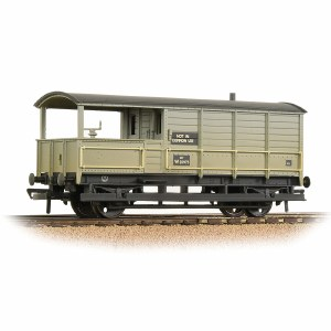 Bachmann OO 33-308A GWR 20T 'Toad' Brake Van BR Grey (Early) - Weathered