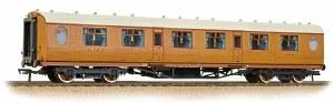 Bachmann OO 34-485 Thompson First Corridor LNER Teak