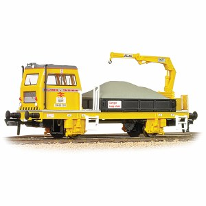 Bachmann OO 36-151 Plasser OWB10 with Crane Motorised