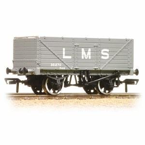 Bachmann OO 37-088 7 Plank End Door Wagon LMS Grey