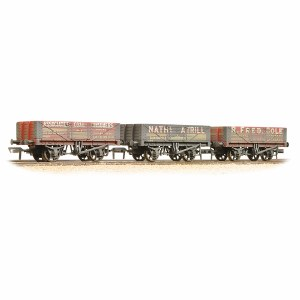 Bachmann OO 37-097 Coal Trader' Pack 5 Plank Wagons Weathered