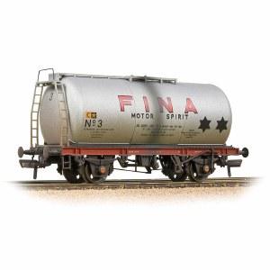 Bachmann OO 37-586A BR 45T TTA Tank Wagon 'Fina' Silver - Weathered