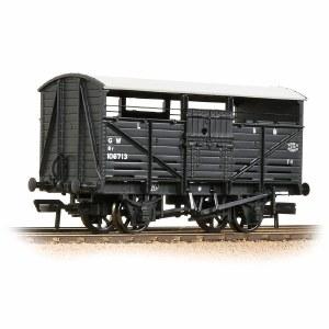 Bachmann OO 37-711D 8T Cattle Wagon GWR Grey