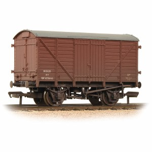 Bachmann OO 37-780A 12 Ton Ventilated Van BR Bauxite Weathered
