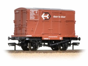 Bachmann OO 37-953 Conflat with BD Container 'Door-To-Door' Weathered