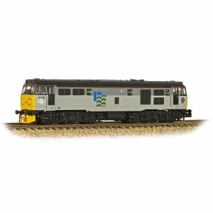 Graham Farish N 371-136 Class 31/1 (Refurbished) 31319 Railfreight Petroleum