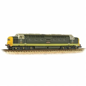 Graham Farish N 371-289 Class 55 'Deltic' D9001 'St. Paddy' BR Two-Tone Green (Full Yellow Ends) - Weathered