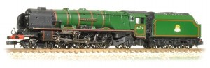 "Graham Farish N 372-181A Princess Coronation Class 46221 "" Queen Elizabeth"" BR Green Early Emblem"