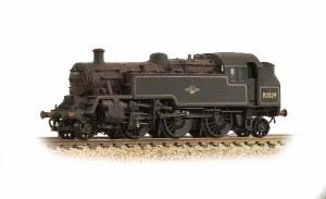 Graham Farish N 372-330 BR Standard Class 3MT Tank 82029 BR Black L/C Weathered