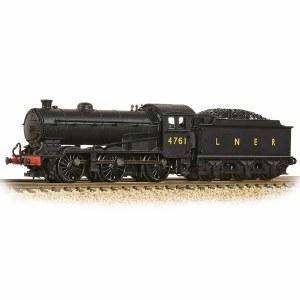 Graham Farish N 372-400A LNER J39 with Stepped Tender 4761 LNER Black (LNER Original)