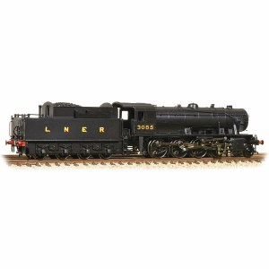 Graham Farish N 372-428 WD Austerity Class 2-8-0 3085 LNER Black