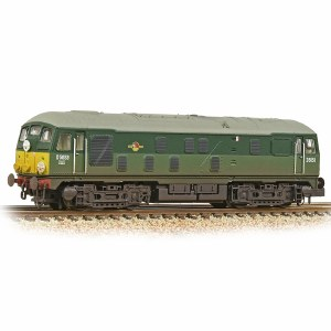 Graham Farish N 372-979A Class 24/0 D5053 BR Two-Tone Green (Small Yellow Panels) - Weathered