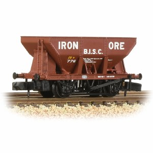 Graham Farish N 373-219 24T Iron Ore Hopper 'B.I.S.C. Iron Ore' Red