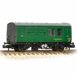 Graham Farish N 373-362A BR Mk1 Horse Box (SR) Green