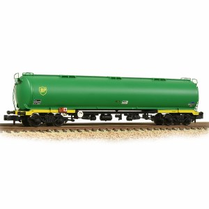 Graham Farish N 373-561 100 Ton TEA Bogie Tank Wagon 'BP' Green