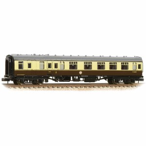 Graham Farish N 374-082A BR Mk1 BCK Brake Second Corridor Chocolate & Cream