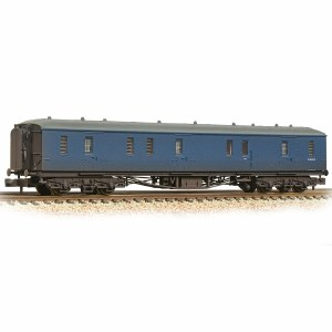 Graham Farish N 374-587 GWR Hawksworth Full Brake BR Blue - Weathered