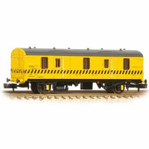 Graham Farish N 374-643 BR MK 1 CCT BR Re-Railing Yellow with Black Hatch Line
