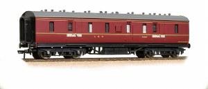 Graham Farish N 374-889 50ft Ex-LMS Parcel Van BR Maroon