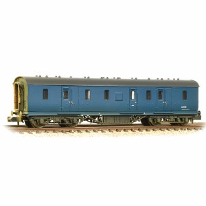 Graham Farish N 374-890 50ft Ex-LMS Parcels Van BR Blue - Weathered