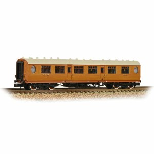 Graham Farish N 376-225 Thompson Composite Corridor LNER Teak